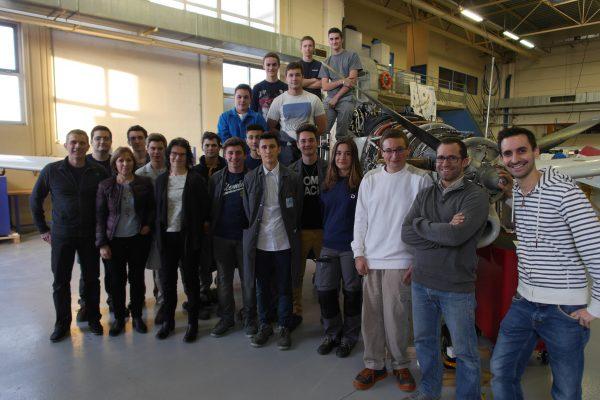 photo de fin de tournage d'une nouvelle vidéo pour le cfa académique de poitiers. Tournage réalisé à bressuire 79 et à rochefort 17